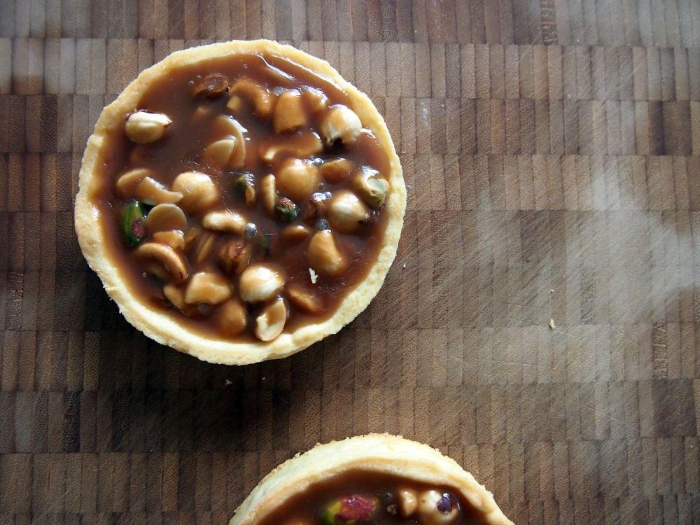 Caramel Nut Tarts | BAKE ME TASTY